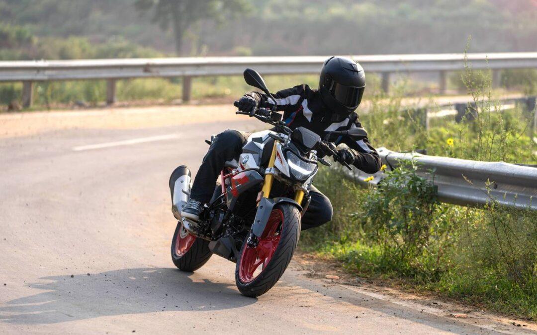 BMW Motorrad presenta la nuova BMW G 310 R Una boccata d'aria fresca per la Dynamic Roadst