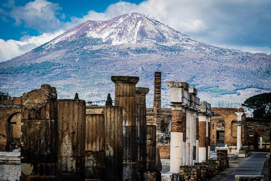 """24-25-26 settembre """"Tour Il Vesuvio Pompei."""" Montecassino."""