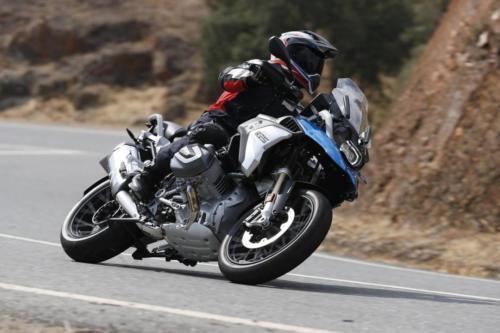 BMW-R-1250-GS-R-120-RT-Cosmic-030