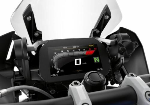 BMW-R-1250-GS-R-120-RT-GS-Studio-021