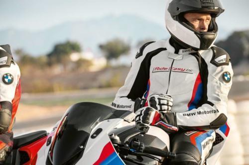 BMW-Motorrad-Suits-003