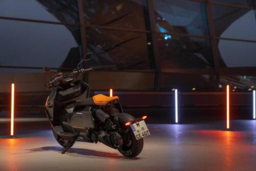 BMW-CE-04-001