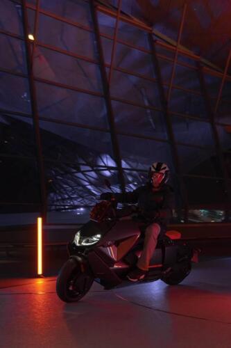 BMW-CE-04-006