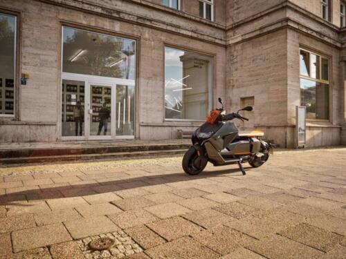 BMW-CE-04-012