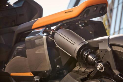 BMW-CE-04-036