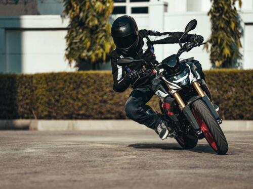 BMW-G-310-R-MY-2021-028