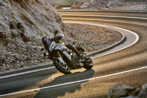 BMW-Motorrad-S1000XR-2020-img-0017