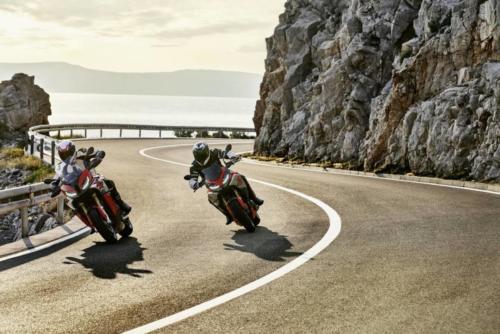 BMW-Motorrad-S1000XR-2020-img-0025