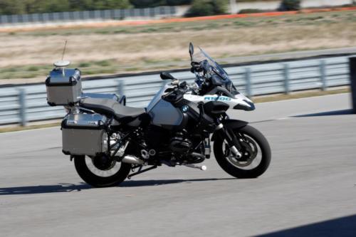BMW-Motorrad-GS-Guida-Autonoma-001