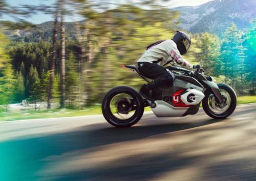 BMW-Motorrad-Vision-DC-Roadster-0003