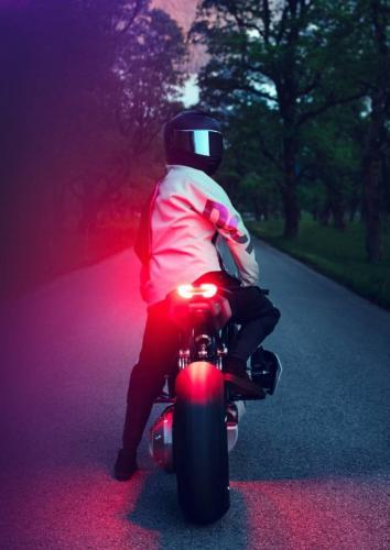 BMW-Motorrad-Vision-DC-Roadster-0005
