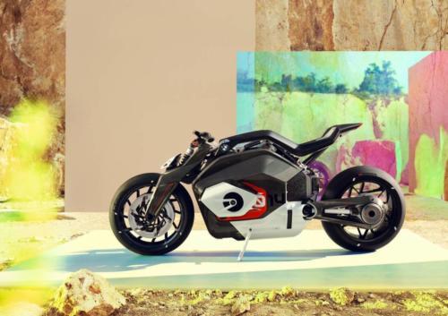 BMW-Motorrad-Vision-DC-Roadster-0011