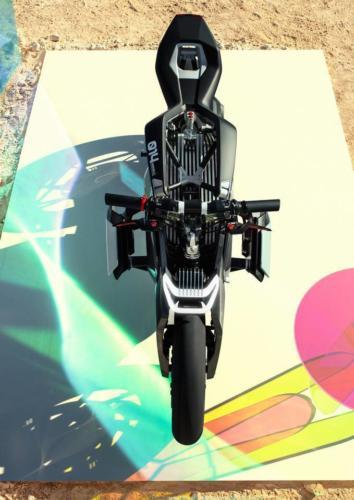 BMW-Motorrad-Vision-DC-Roadster-0014