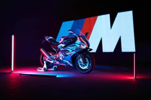 BMW-M-1000-RR-001