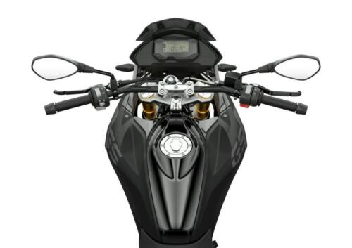 BMW-Motorrad-MY-2022-002