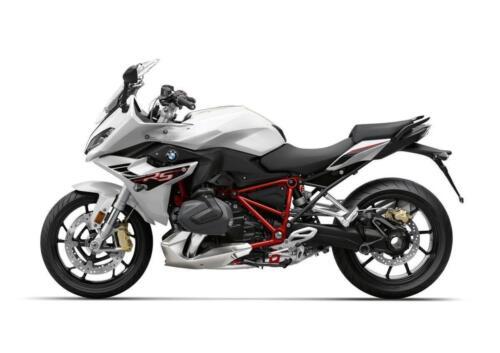 BMW-Motorrad-MY-2022-010