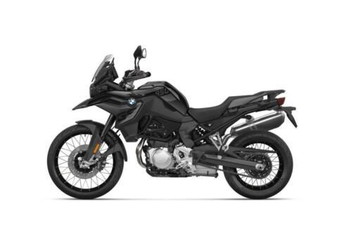 BMW-Motorrad-MY-2022-055