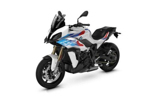 BMW-Motorrad-MY-2022-065