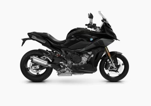 BMW-Motorrad-MY-2022-072
