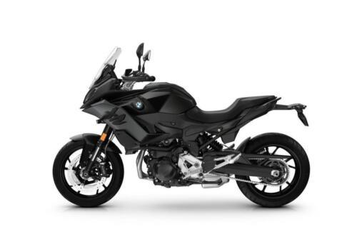 BMW-Motorrad-MY-2022-090