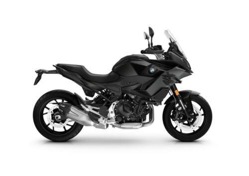 BMW-Motorrad-MY-2022-091