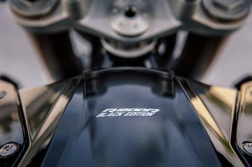 BMW-R-1200-R-Black-Edition-003